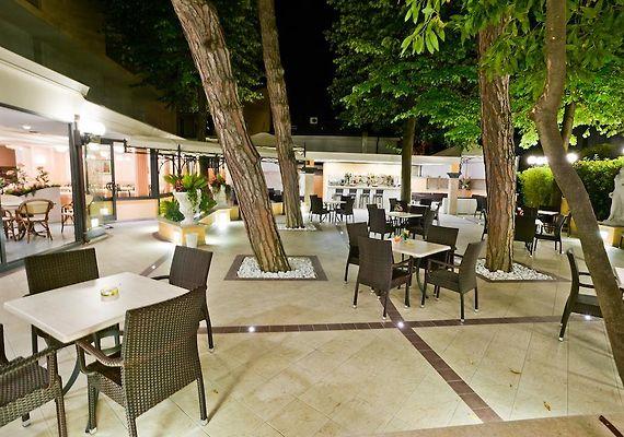 HOTEL BELSOGGIORNO, BELLARIA-IGEA MARINA ***